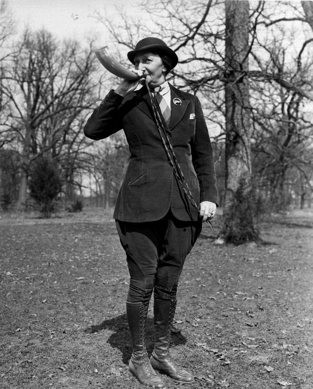 19920 mrs polk chapleau calling her fox hounds women hunting clothing