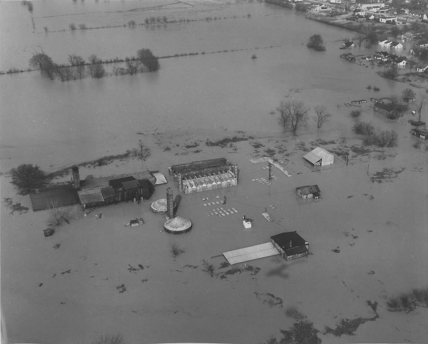 the kentucky flood Total flood deaths across the us between 1996 and 2017: 1,886 even though kentucky accounts for only a little over 1% of the us population, flood deaths between 1996 and 2017 in the state accounted for over 4% of the total flood deaths that occurred across the united states.